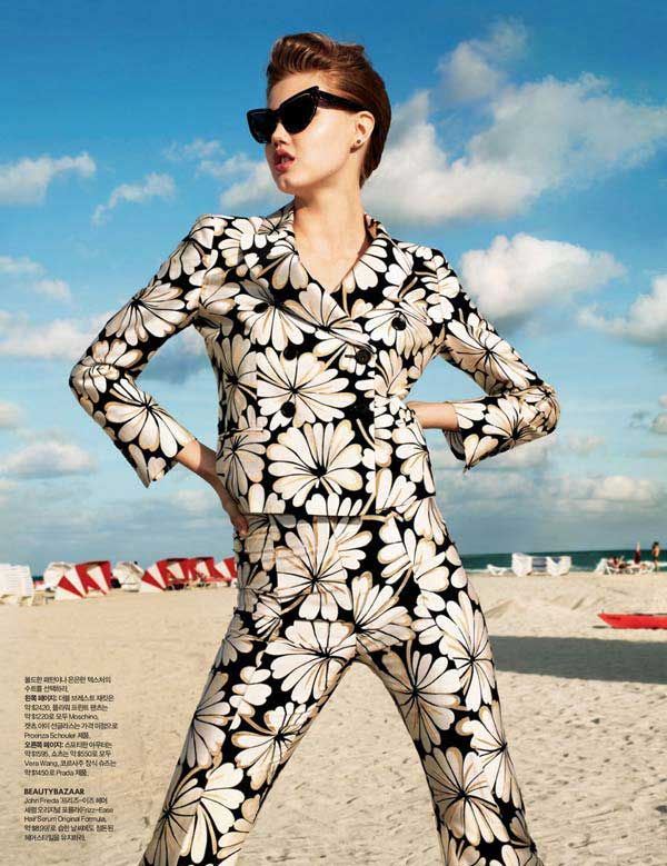 lindsey_wixson_by_terry_richards,silk-womens-suit