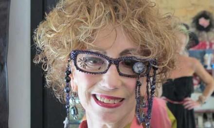 Street Style Fashion – Gaudi Vintage Glasses Too Die For