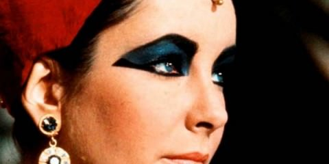 Elizabeth Taylor - Hollywood's Most Alluring Fashion Icon