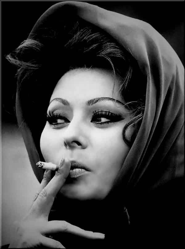 Sophia Loren - La Bella Fashionista - smoking a cigarette