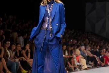Fashion Foward Dubai - The Emporer 1688 - Midnight Blue Gracie Opulanza Maria Scard  (1)