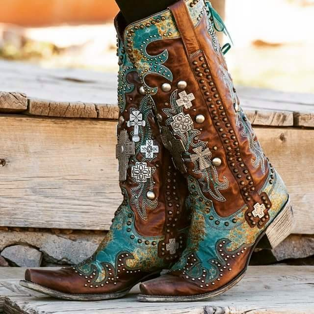 Cowboy boots for ladies near me