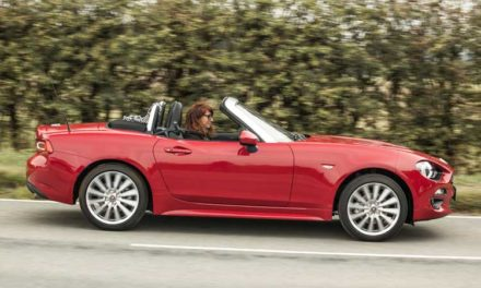 Fiat 124 Spider Lusso – Sporty Fun & Simple