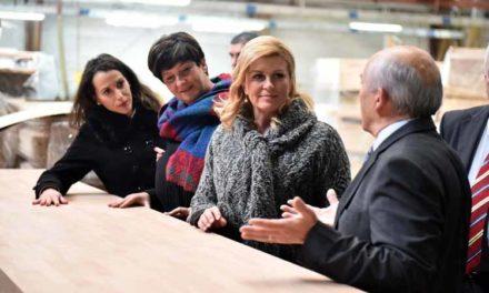 President Kolinda Grabar-Kitarović – Knitwear Trends